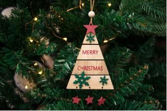 Χριστουγεννιάτικο Κρεμαστό Στολίδι Έλατο CD141840