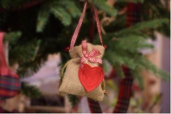 Πουγκί Τσαντάκι Καρδιά CD3774-H