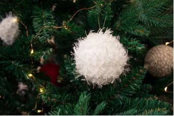 Χριστουγεννιάτικες Μπάλες 3τεμ. Χνουδωτές 8cm CD7962