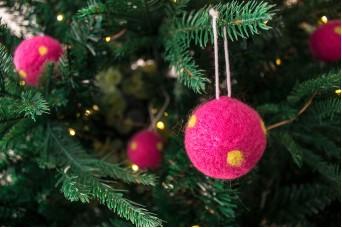 Χριστουγεννιάτικες Μπάλες 4τεμ. Felt Πουά FI7633F