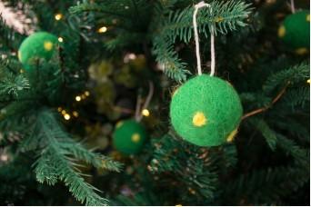 Χριστουγεννιάτικες Μπάλες 4τεμ. Felt Πουά FI7633GR