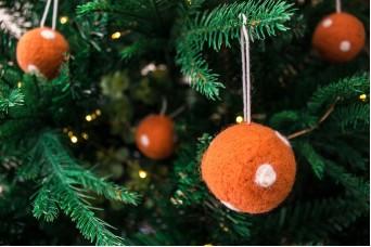Χριστουγεννιάτικες Μπάλες 4τεμ. Felt Πουά FI7633oR