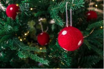 Χριστουγεννιάτικες Μπάλες 4τεμ. Felt Πουά FI7633R
