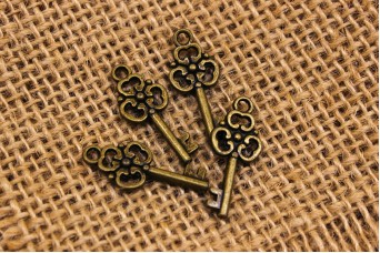Μεταλλικό Κλειδί Μικρό 0080137
