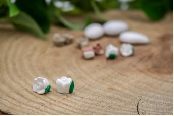 Κεραμικό Λουλουδάκι για Στέφανα Λευκό 10mm 50τεμ. BD2012-1