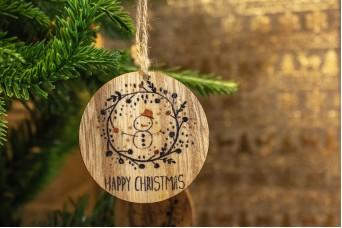 Χριστουγεννιάτικο Ξύλινο Καρτελάκι Στεφανάκι 4x5cm 2τεμ CD19-3914-4