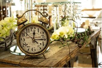 Ρολόι Επιτραπέζιο Χρυσό Παλαιωμένο 12,5cm CL4943-1