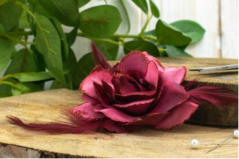Τριαντάφυλλο με Φτερά 11cm Μπορντώ FI-8219