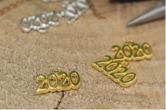 Μεταλλικό 2020 16x11mm Χρυσό MI-006