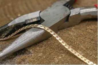 Αλυσίδα Πλακέ 1.6EFDC Χρυσή MI-5467-1