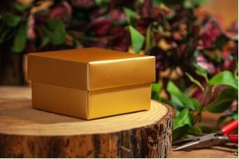 Χάρτινο Κουτί Χρυσό 8x8x5cm PI-9606