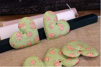 Υφασμάτινη Καρδιά Floral Ρομαντικό Πράσινο 8cm 10τεμ. UHR8-9992-LB