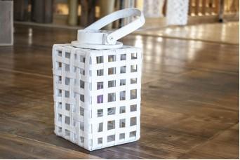 Φανάρι Τετράγωνο Λευκό με Σχοινί WI0631