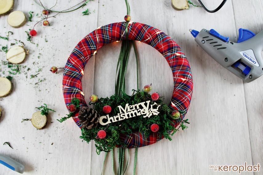 Χριστουγεννιάτικο στεφανάκι με φωτάκια