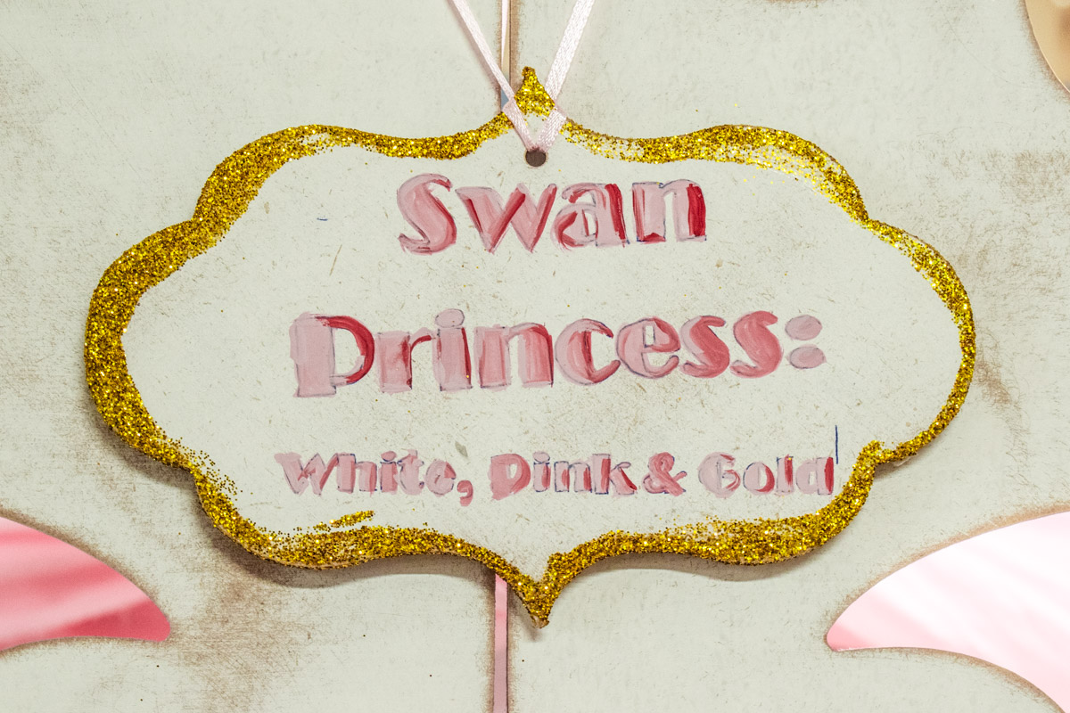 Candy Bar Swan Princess: White, Pink and Gold
